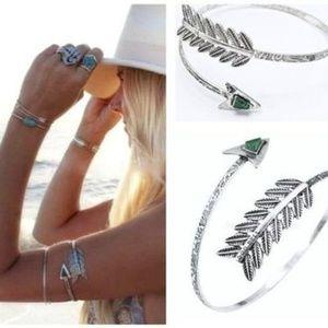 Accessories - Boho arm bracelet